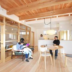 Dining room by 合同会社negla設計室