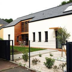 maison ossature bois: Maisons de style de style Classique par yg-architecte