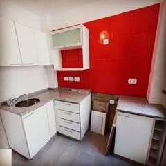 Pedro Moran I: Cocinas de estilo  por estudionvarquitectura
