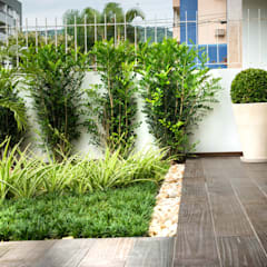 Garden by Grama Arquitetura