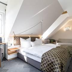 Hotel :  Hotels von RÄUME + BAUTEN