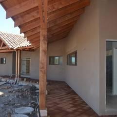 خانه ها by HERNÁN MARTÍNEZ ARQUITECTOS