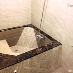 內湖人文氣質公寓:  浴室 by 以恩設計