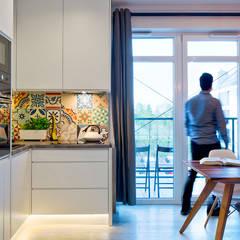 Białołęka Flat: Cocinas de estilo escandinavo por All Arquitectura