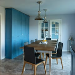 French farm house blue:  Dining room by Auspicious Furniture