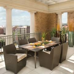 Penthouse Posh - Terrace Dining:  Patios & Decks by Lorna Gross Interior Design