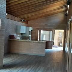 Projeto Casa Sustentável: Cozinhas rústicas por EKOa Empreendimentos Sustentáveis