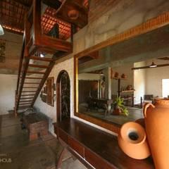 CASA DA FAZENDA Corredores, halls e escadas coloniais por Mariana Chalhoub Colonial