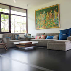 asian Living room by STUDIO MOTLEY