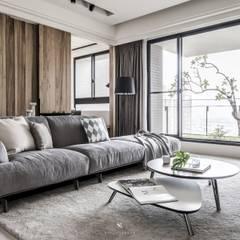 اتاق نشیمن توسط理絲室內設計有限公司 Ris Interior Design Co., Ltd., اسکاندیناویایی
