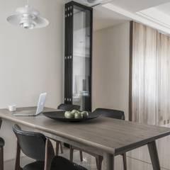 理絲室內設計有限公司 Ris Interior Design Co., Ltd.:  tarz Yemek Odası