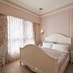 Dormitorios de estilo rural de 理絲室內設計有限公司 Ris Interior Design Co., Ltd. Rural