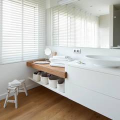 Rustic style bathrooms by Deu i Deu Rustic Wood Wood effect