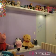 Kinderzimmer Mädchen von Cristina Reyes Design de Interiores