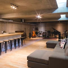 House Swart (Cameron Court Unit 1):  Media room by Swart & Associates Architects