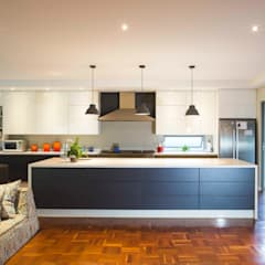 House Pont:  Kitchen by Swart & Associates Architects