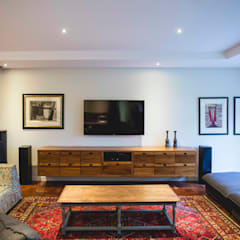 House Pont:  Media room by Swart & Associates Architects