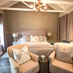 White River Manor:  Bedroom by Principia Design, Country