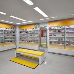 Commercial Spaces by RENATO MELO | ARQUITETURA , Modern