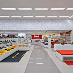 Commercial Spaces by RENATO MELO | ARQUITETURA