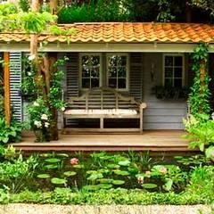 prieel voor in de tuin:  Huizen door Studio Kuin BNI,