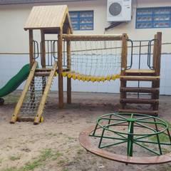 samurai com ponte: Escolas  por Maplay Equipamento para Recreação