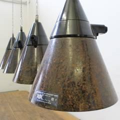 """""""TAUCHA CAGE"""" Industrie Fabrik Design Lampe Bakelit Gitter:  Ladenflächen von Lux-Est"""