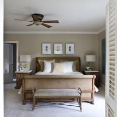 Caribbean Dream - Bedroom:  Bedroom by Lorna Gross Interior Design