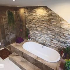 Ein Bad mit Individuellem Design München Waldperlach:  Badezimmer von Cella GmbH