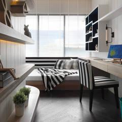 Nursery/kid's room by 大觀室內設計工程有限公司