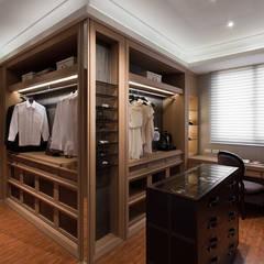 Dressing room by 大觀室內設計工程有限公司,