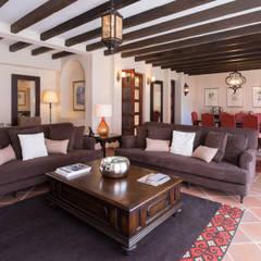 Sala: Hoteles de estilo  por Sisal