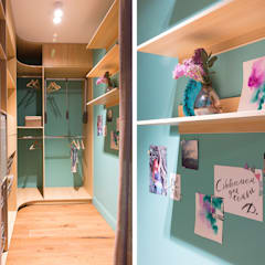 Walk in closet de estilo  por Artcrafts