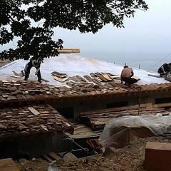 Houses by 한국인테리어 (주)명인건설