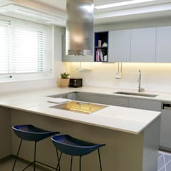 scandinavian Kitchen by 드웰디자인