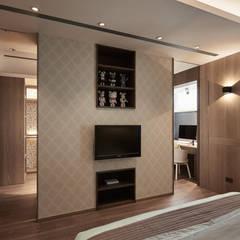 Dormitorios de estilo  por 思為設計 SW Design