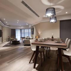 迂迴 Scandinavian style dining room by 耀昀創意設計有限公司/Alfonso Ideas Scandinavian