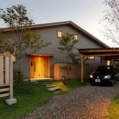 IT House: 磯村建築設計事務所が手掛けた家です。
