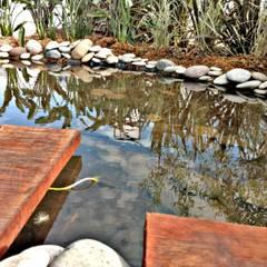 Espacio J3 Raices - Estilo Pilar 2017 Puertos del Lago: Jardines de estilo  por Estudio Raices