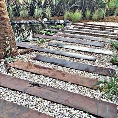 Projekty,  Ogród zaprojektowane przez Estudio Raices
