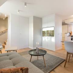 Scandi-Sytyle Ferienwohnung:  Hotels von Home Staging Sylt GmbH