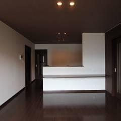 Kitchen by 松井設計,
