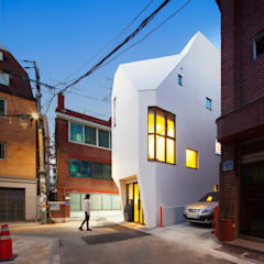 Offices & stores by (주)건축사사무소 더함 / ThEPLus Architects