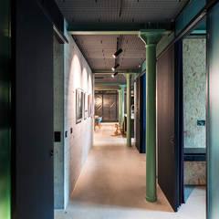 Loftausbau Zürich:  Flur & Diele von arcs architekten