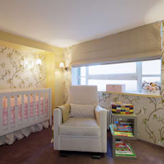 London Loft: classic Nursery/kid's room by JKG Interiors