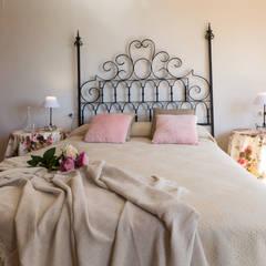 Dormitorio principal: Dormitorios de estilo  de Home & Haus | Home Staging & Fotografía