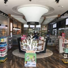 Etit Mimarlık Tasarım & Uygulama – Bahçeşehir Eczanesi:  tarz Ofisler ve Mağazalar