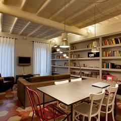 Comedores de estilo  por Caterina Raddi, Moderno
