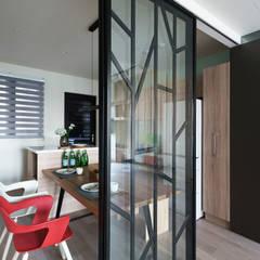 羽筑空間設計:  tarz Yemek Odası