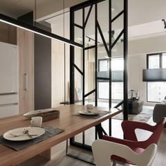 Phòng ăn by 羽筑空間設計